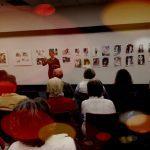 Wohnzimmer Schwabencenter Vernissage - beim Vortrag