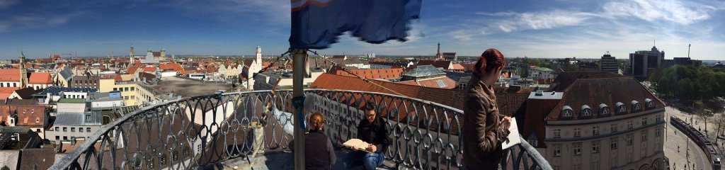 Urban Sketchers über den Dächern von Augsburg