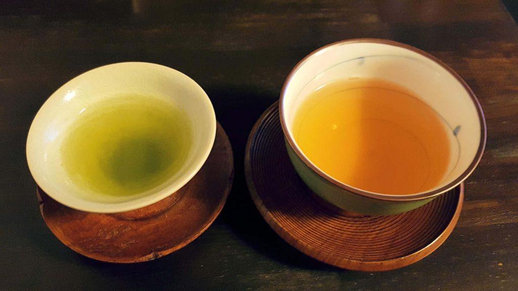 Feinster grüner und Oolong Tee im Sabo Kinkakuan